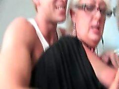 spiaggia pompino danese sesso di gruppo handjob