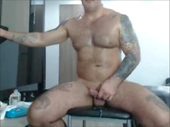 Hairy Tatted Muscle Dad Jerks off on Cam