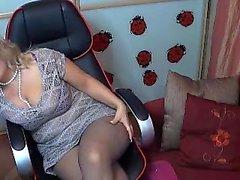 amateur big boobs masturbation nylon