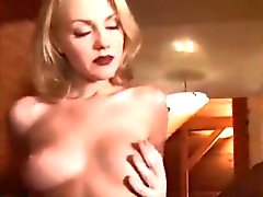 amateur big boobs blonde