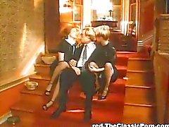 emättimen seksiä suuseksiä blondi punapää