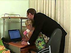 biondo pompino leccare russo tette piccole