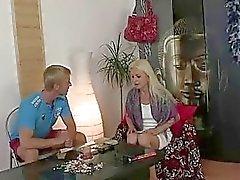blondit hardcore äidit ja pojat