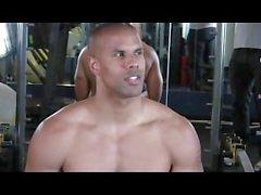 muscle stud gym jerking-off wanking