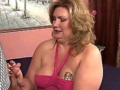 bbw big boobs blondine handjob