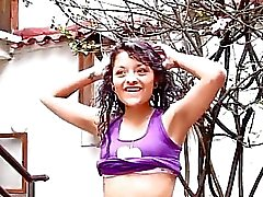 pipe clignote en public clignotant fille latina latinas