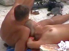 amateur plage milfs nudité en public