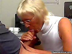 bizarre blowjob cumshot experienced