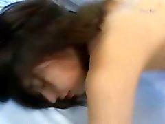 fingersättning flicka ryck tittar asiatisk