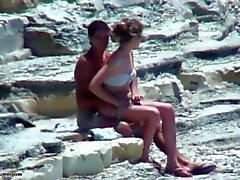 strand hidden cams publieke naaktheid