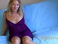 Mumsy jerk off encouragement on bo Cyndi from 1fuckdatecom