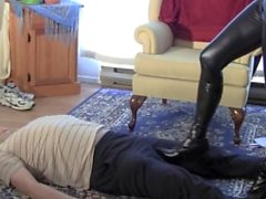 kink ballbusting leather-leggings