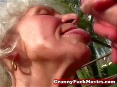 maduro duro al aire libre abuelita abuelas