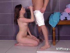 oral sex peeing teen