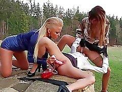 fetiche lluvia dorada lesbiana pee porn