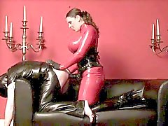 bdsm domina latex