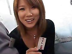 asiatique pipe brunette branlette