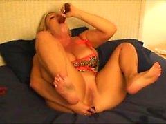 amateur big boobs blonde foot fetish