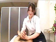 japanse aziatisch handjob