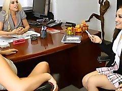 filles lesbiennes stars du x sex toys triplettes