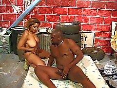 casal sexo vaginal sexo oral morena grandes mamas