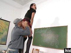 anale brunetta college
