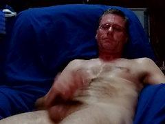 gay amateur cum tribute handjob