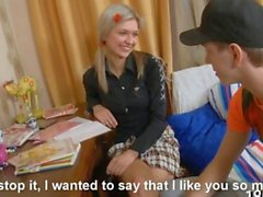 dilettante hardcore russo adolescente biondo