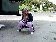 pisse pisse - de - du public pissing public compilation