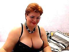 amateur big boobs mature solo