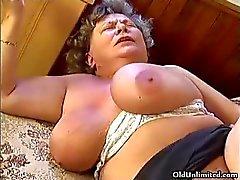 grandes mamas bizarro boquete experiente maldito