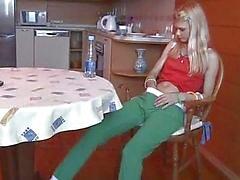 şerit striptiz rus kız bebek