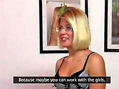 amateur baby blondine blowjob guss