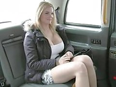 amateur amateur- porno-videos big tits blowjob aktion taxifahrer