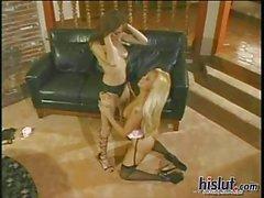 lesbica giocattolo del sesso biancheria intima calze biondo