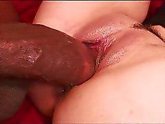pari emättimen seksiä suuseksiä ruskeaverikkö