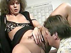 fetish milf pissing deviantclip