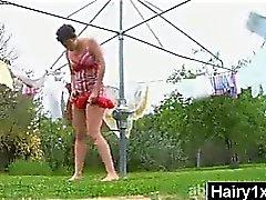 amateur peludo al aire libre adolescente