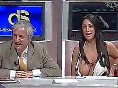célébrités mamelons nudité en public