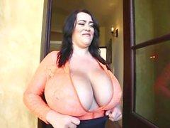 big-boobs teasing big tits