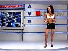brunettes nudité en public upskirts russe
