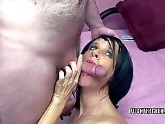 Melissa Swallows gets her mature twat stuffed