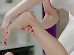 lesbienne massage huilé