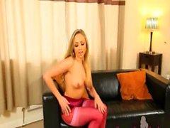 short pink pantyhose