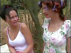 dedilhado lésbicas jovens de idade