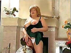 bbw stora bröst tanter gammal ung