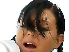 brünett domina lesbisch im freien tracht prügel