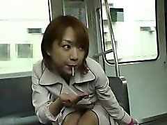 asiático mamada corrida