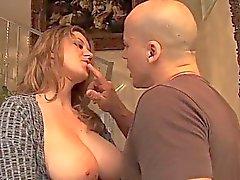filles ballons gros seins gros seins gros seins