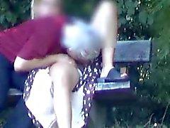 piscando nudez em público voyeur